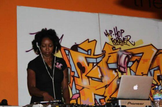 Dj Miss C Brown ( Birmingham / Turntablism & VJ'ism )